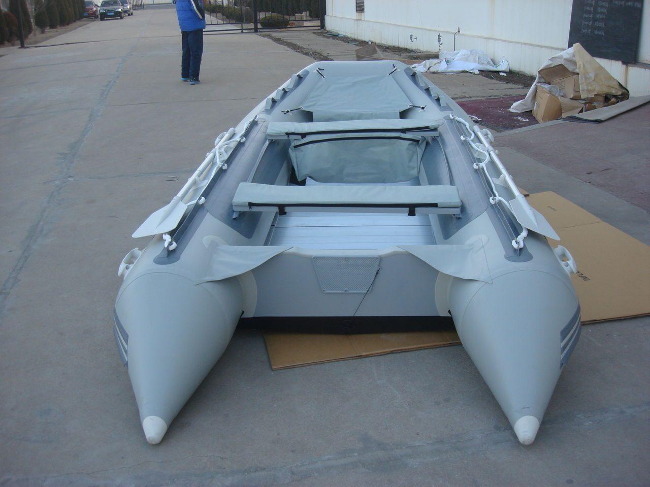 купить лодку в магазине три кита